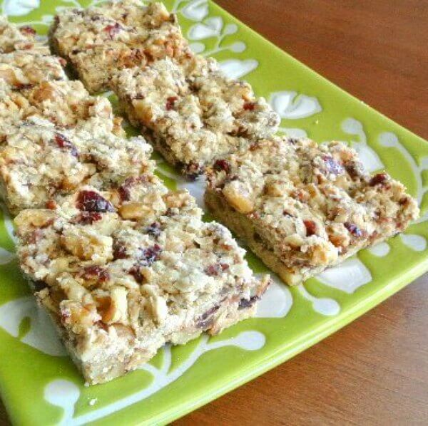 Date Cranberry Breakfast Bars are mildly sweet and are packed full of taste.