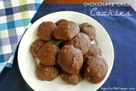 Chocolate Cake Cookies Plated Words