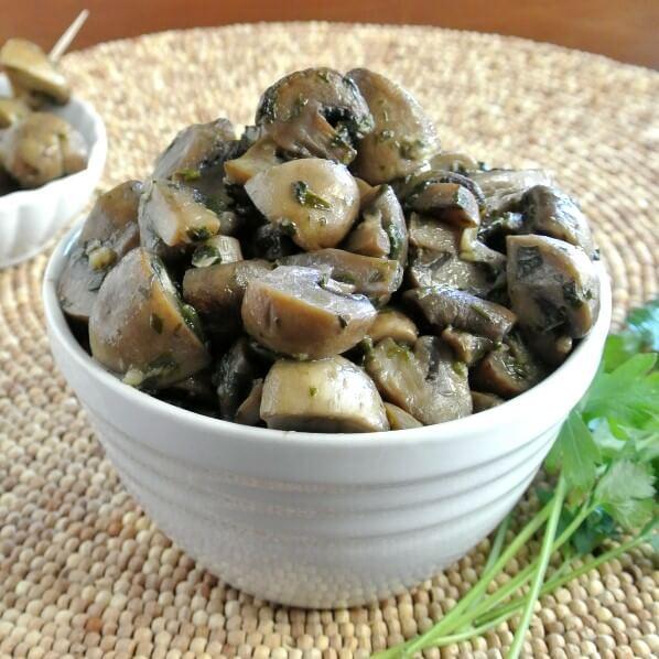 Slow Cooker Mushroom Appetizer 600