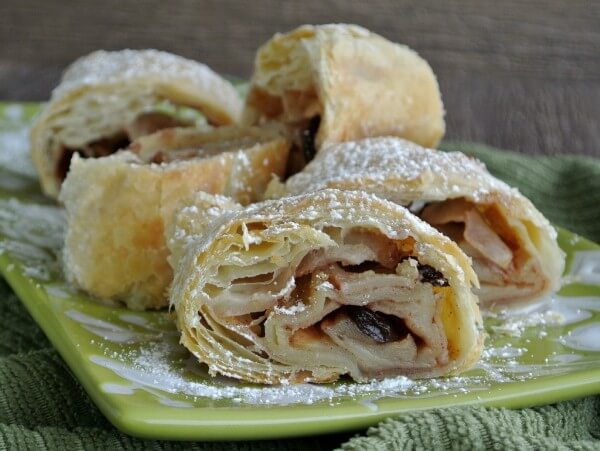 Easy Apple Strudel Recipe - Vegan in the Freezer