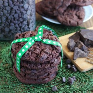 Chunky Triple Chocolate Cookies are a little bit fancy with and a lotta bit delicious. Cocoa, chips and chunks. You have to have chocolate!