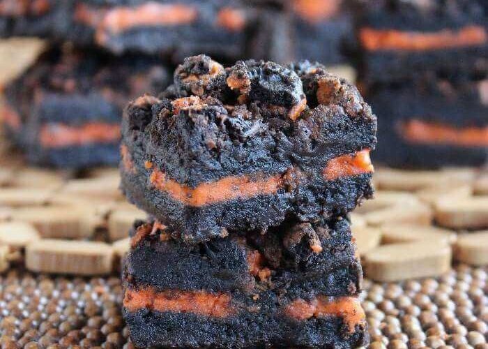 Autumn Oreo Brownies is a wonderful recipe and all you have to do is lay your cookies in between two layers of the batter.