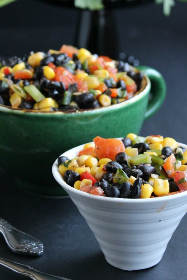 Fully Loaded Black Bean Salad is a colorful & flavorful salad. Perfect, easy and fast. Only 15 minutes.