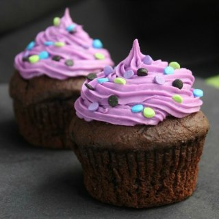 Halloween Chocolate Lava Cupcakes