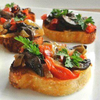 Mushroom Bruschetta Crostini