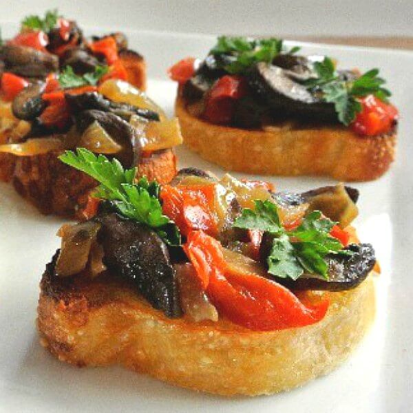 Mushroom Bruschetta Crostini Recipe Vegan In The Freeze
