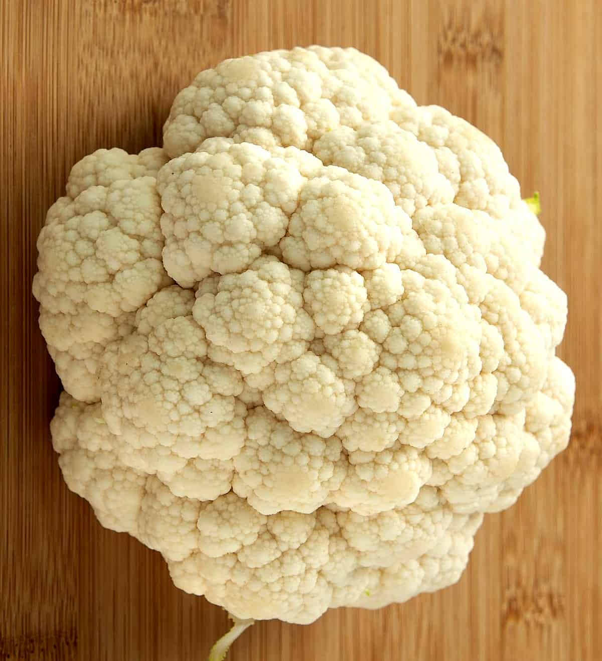 A full head of cauliflower that's been cleaned.