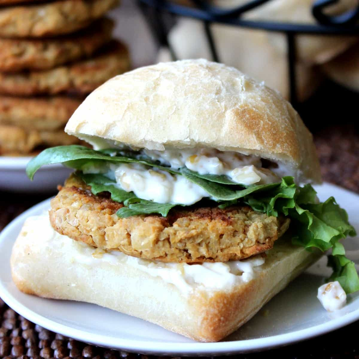 A bun stuffed with baked falafel and homemade sauce.